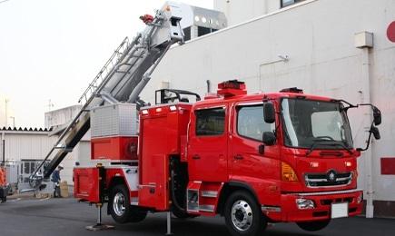 屈折はしご付消防自動車Σ